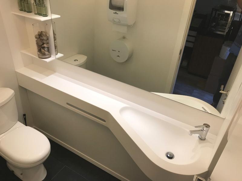 Una mesada ideal para baños pequeños