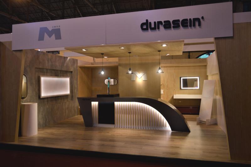 Stand de Zona M y Durasein Uruguay en la Feria de la Construcción